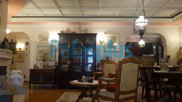 Stan Prodaja BEOGRAD Savski Venac Dedinje (Beli dvor)
